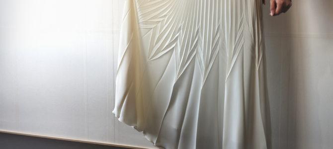 新作スカートに折りデザインを採用いただきました